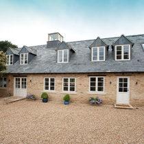 berry-pen-cottage-exterior-1