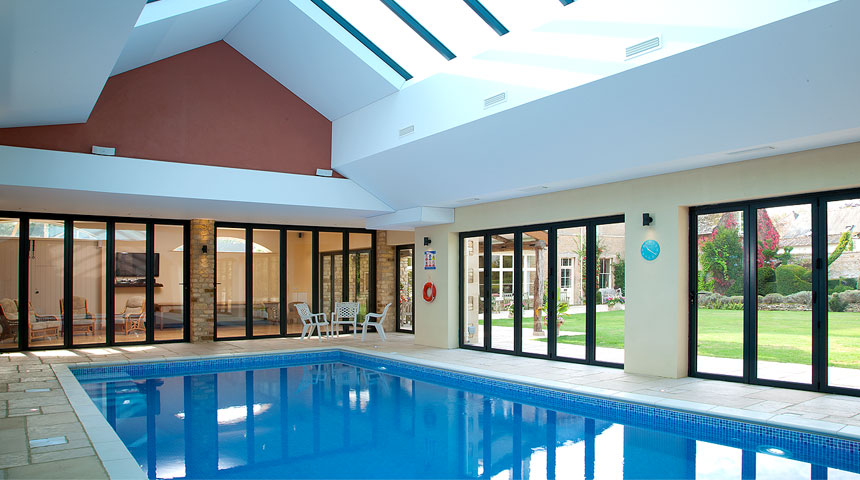 Swimming Pool at Kingham Cottages-gallery